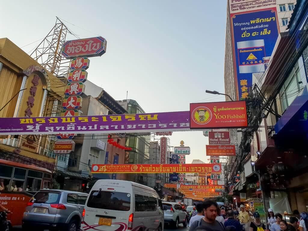 Straße in Chinatown Bangkok