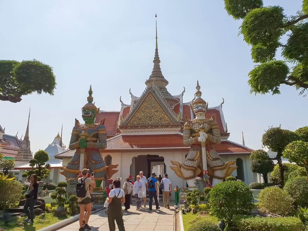 Wat Arun Bangkok - Eingang zur Tempelanlage