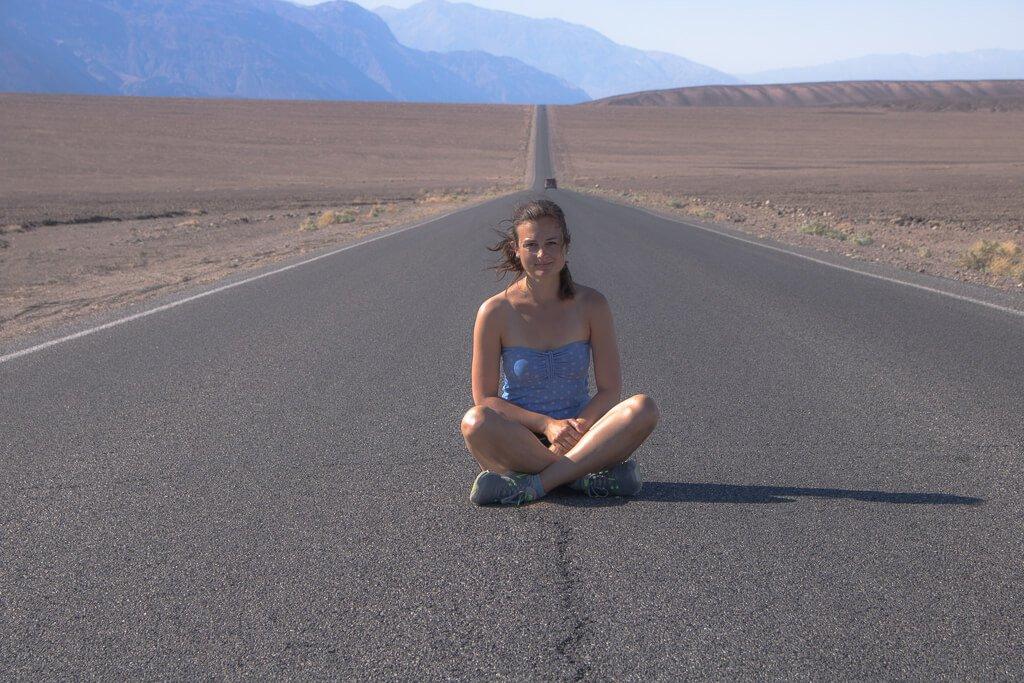 Death Valley - Straße - Frau