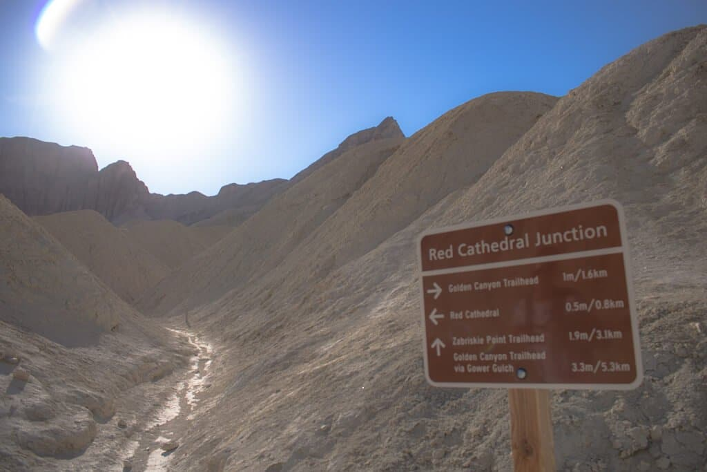Death Valley - Hinweisschild - Golden Canyon