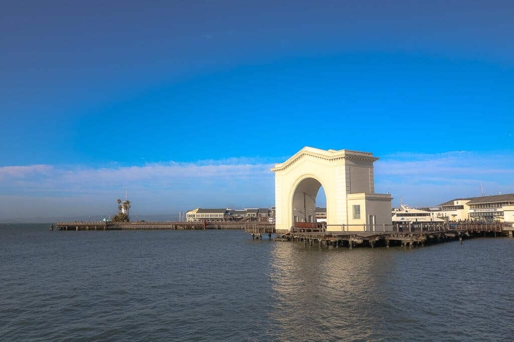 San Francisco_Fishermans Wharf_ Pier 43 Ferry Arch