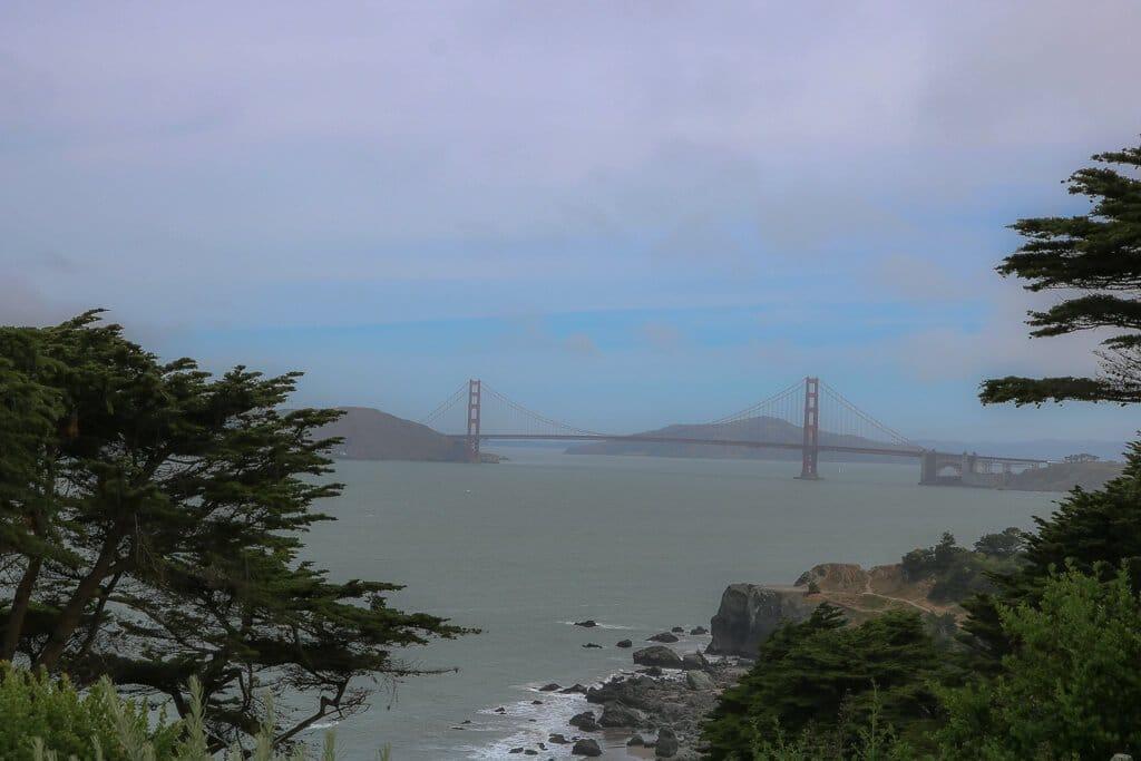 San Francisco - Golden Gate Bridge - Gesamtansicht aus der Ferne