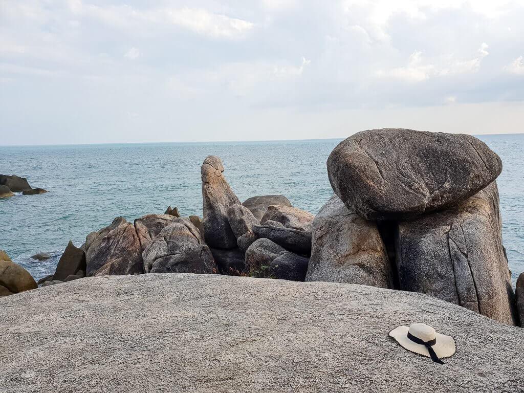 Ko Samui - Hin Ta Hin Yai, Felsen in Form von Geschlechtsteilen im Meer