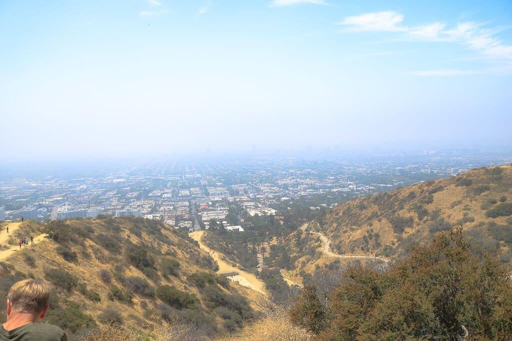 Los Angeles - Runyon Canyon Park mit Ausblick über LA