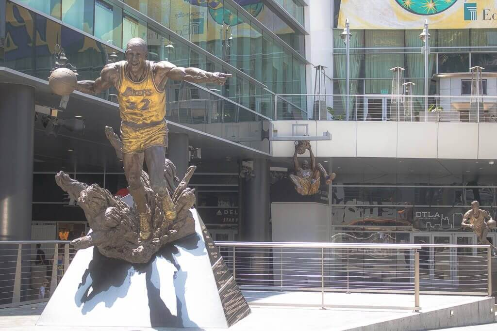 Los Angeles - Staples Center - Basketball - Statuen
