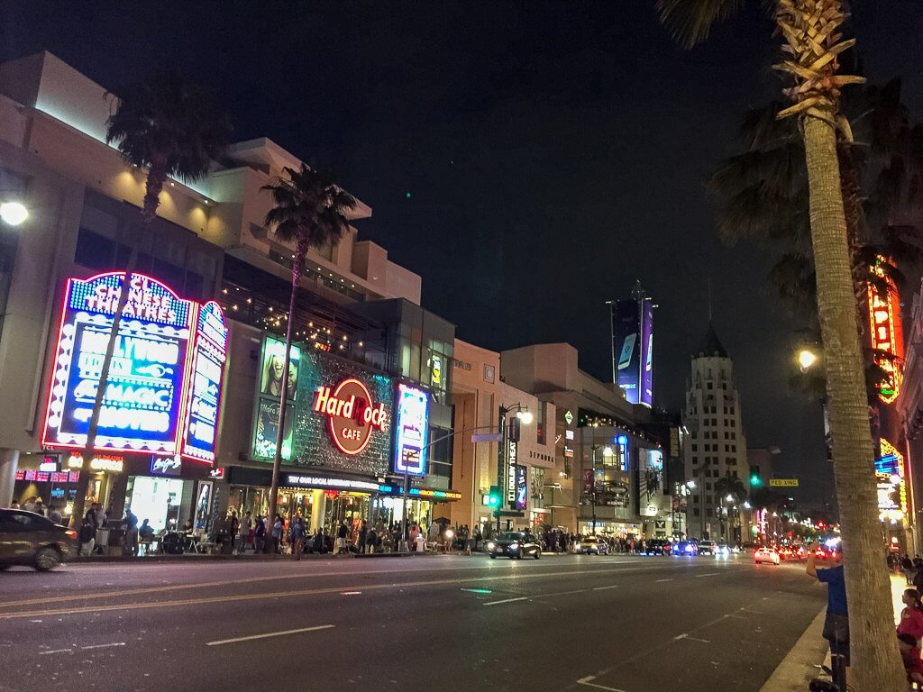 Los Angeles - Blick auf den Hollywood Boulevard am Abend