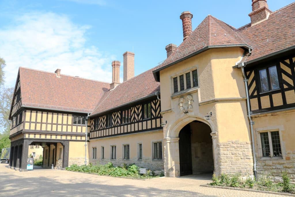 Eingangsbereich eines alten Gutshofes