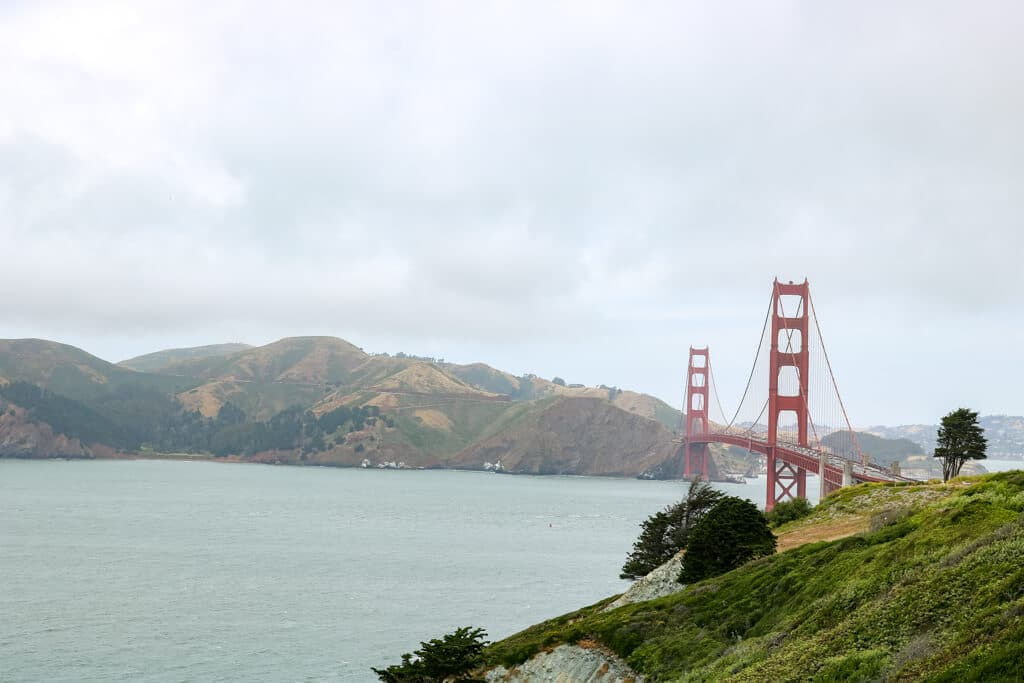 Golden Gate Bridge im leichten Dunst