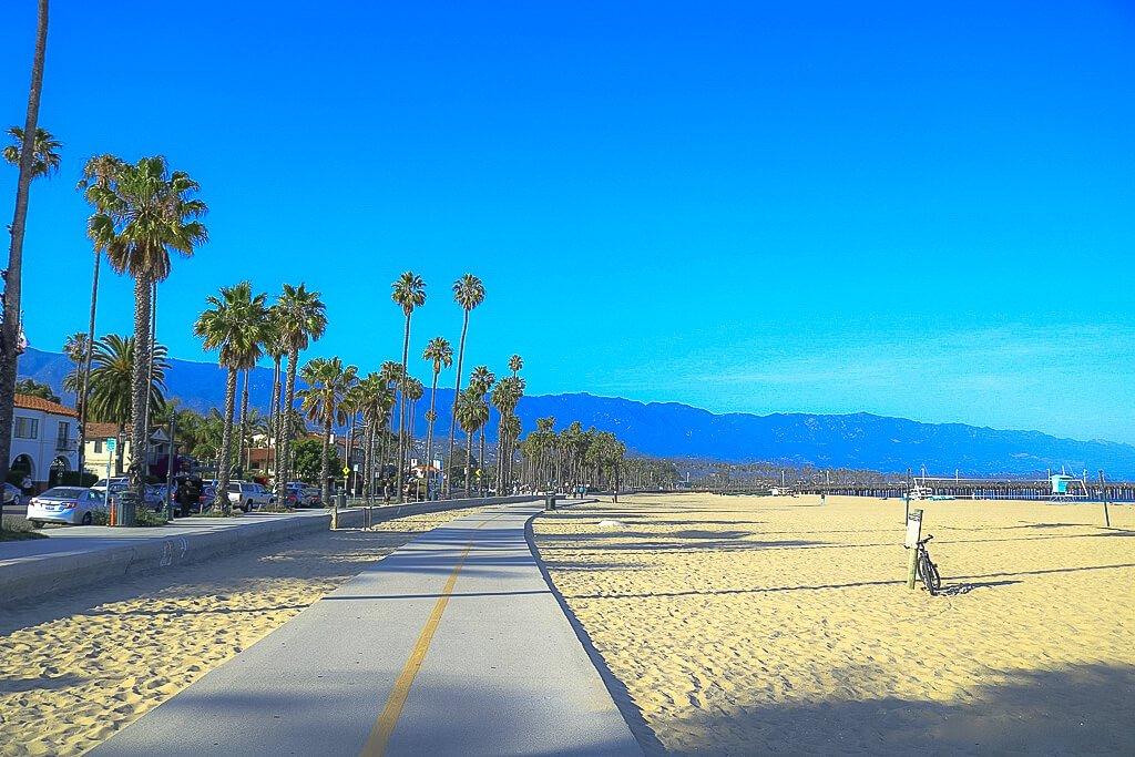 Santa Barbara - Strand - Palmen - Strandpromenade