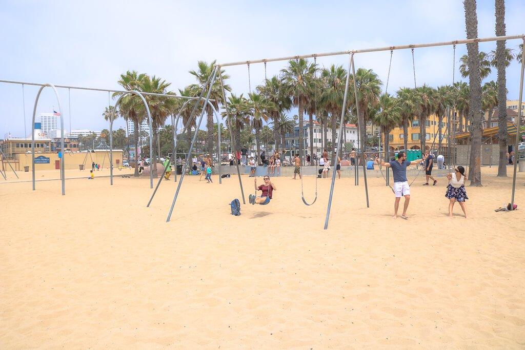 Schaukeln am Strand von Santa Monica