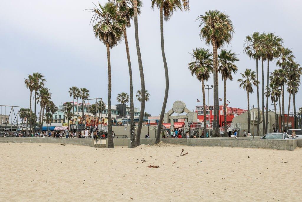 Santa Monica - Venice - Muscle Beach - Strand und Palmen