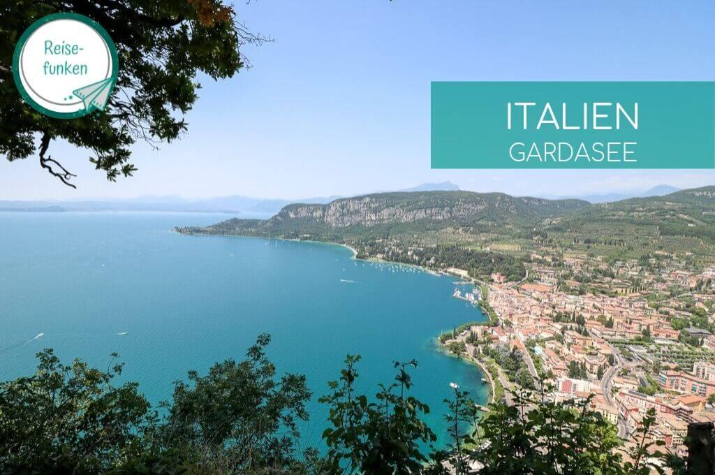 Ausblick auf den Gardasee und den Ort Garda