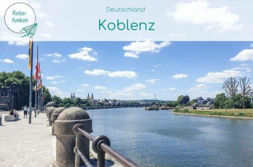 """Titelbild Koblenz_Deutsches Eck mit überlagerter Schrift oben """"Koblenz"""""""