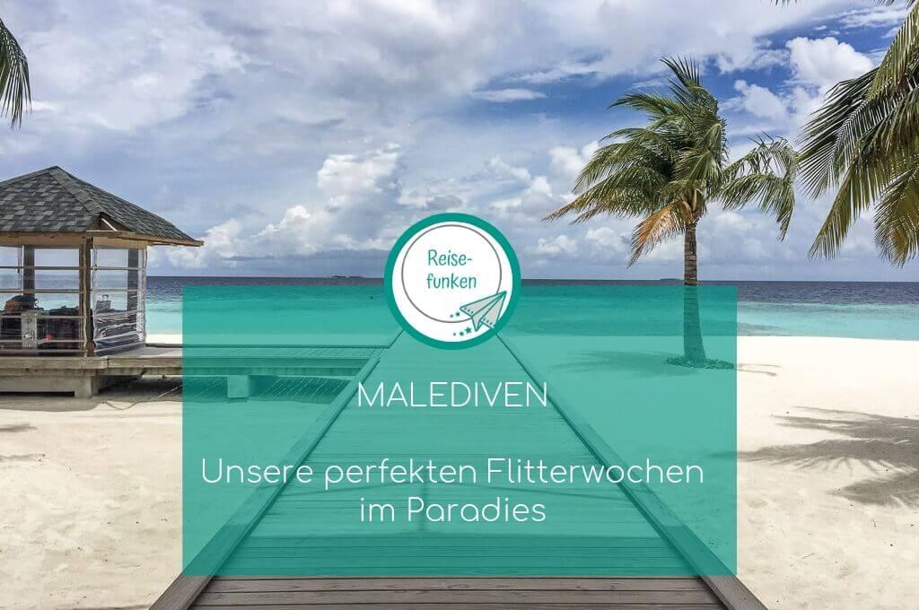 Malediven - Ankunftssteg -Palmen - Meer - Strand