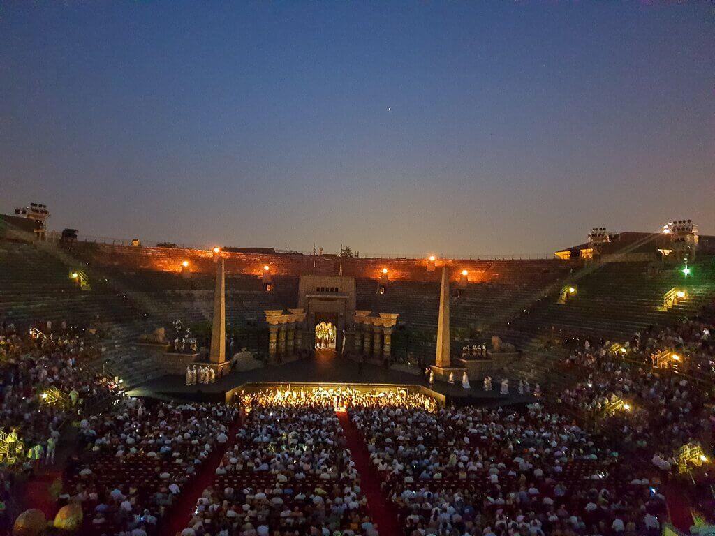 Arena di Verona bei Dunkelheit